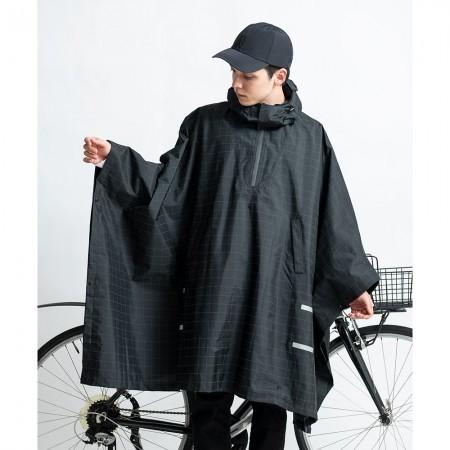 日本KIU 203235 夜光格紋 機車/自行車雨衣斗篷 附收納袋(男女適用)
