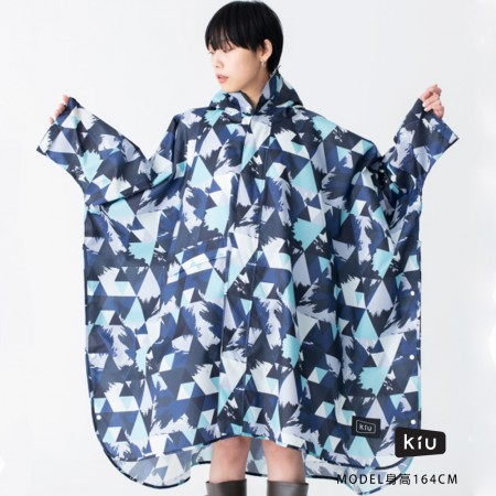 日本KIU 163195 冰山 標準成人空氣感有袖斗篷雨衣 騎車露營必備 附收納袋(男女適用)