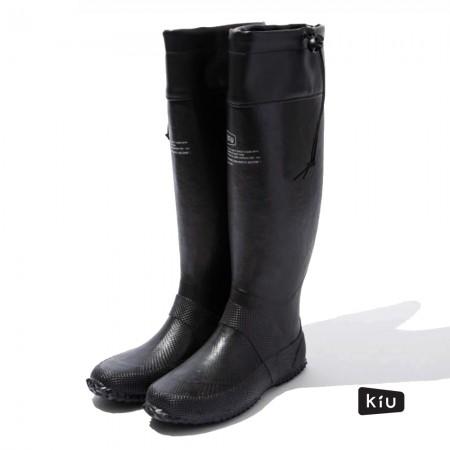 日本KIU 185900 黑色 二代可折疊百搭雨鞋/文青風氣質雨靴 附收納袋(男女適用)-M