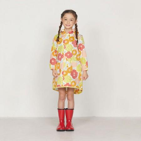 日本WPC 克拉拉花朵M 空氣感兒童雨衣/防水外套 附收納袋(95-120cm)