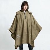 日本KIU 203245 夜光格紋-卡其 機車/自行車雨衣斗篷 附收納袋(男女適用)